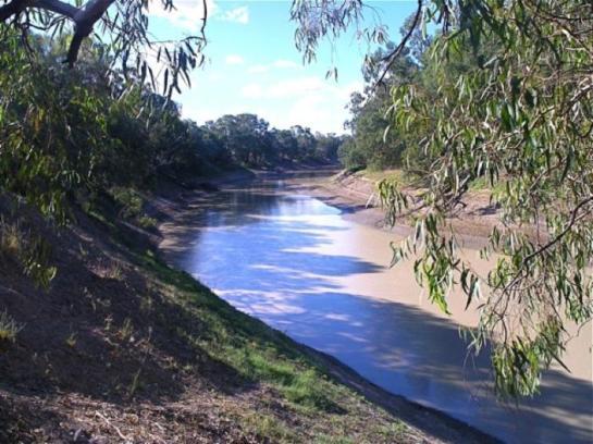 darling-river-banks