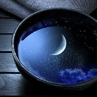 moon-in-the-bucket