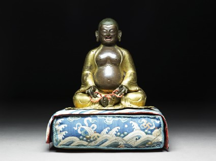 hvashang-tibet-18th-19th-c-parcel-gilt-bronzecor-rosarypig-19-cm-ashomlean-m-in-oxford